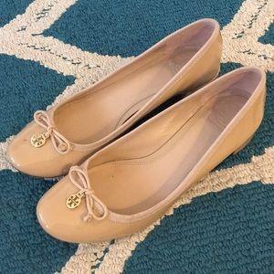 Tory Burch 8.5 nude Chelsea pump heels